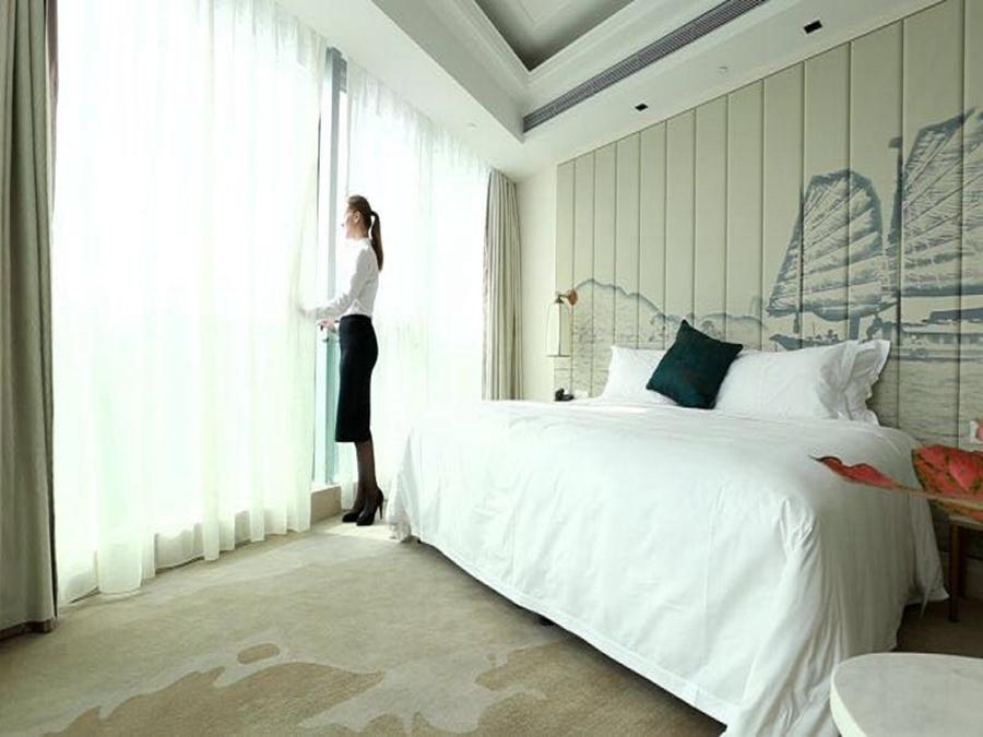青岛嘉年华广场大酒店(即将更名为青岛嘉年华万丽酒店