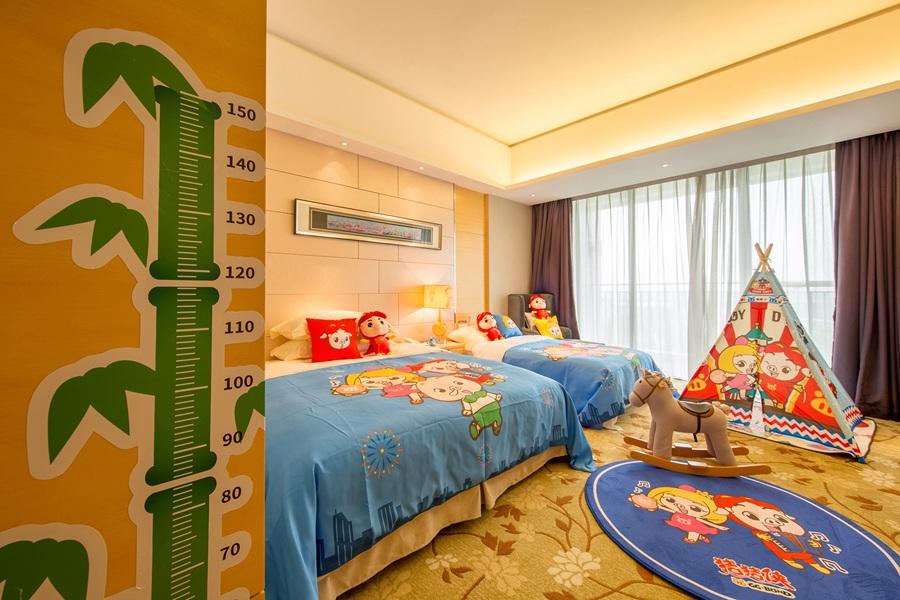 背景墙 房间 家居 酒店 起居室 设计 卧室 卧室装修 现代 装修 900