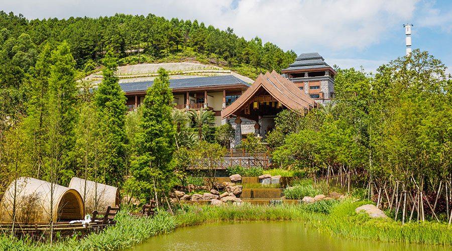 【佛山】美的鹭湖半山温泉亲子1大2小套票(儿童限身高1.2米以下)(5.1-9.30)